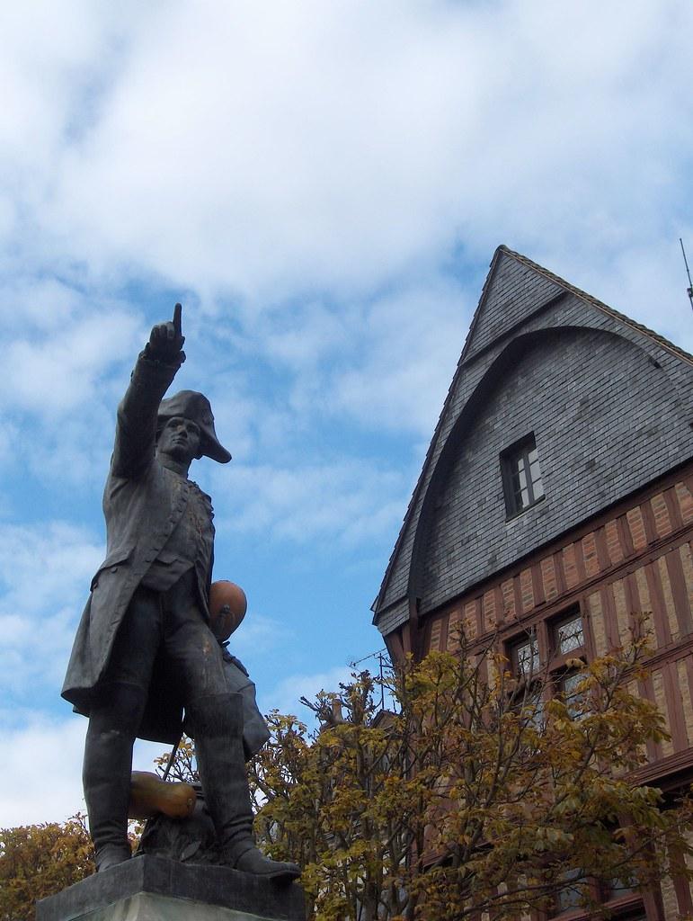 Statue militaire du Marquis de Rochambeau