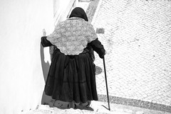 Our life (the bbp) Tags: bw woman portugal donna bn elderly bastone anziana instantfave nazarè thebbp abigfave diamondclassphotographer flickrdiamond