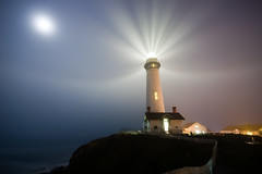 Pigeon Point Lighthouse, Electric Candlelight (Tyler Westcott) Tags: longexposure moon fog night fence explore pacificocean pigeonpoint pacificcoast sanmateocounty pigeonpointlighthouse nikond40