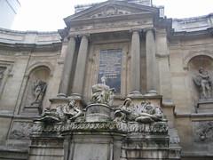Paris: Musée Maillol: la fontaine des 4 saisons