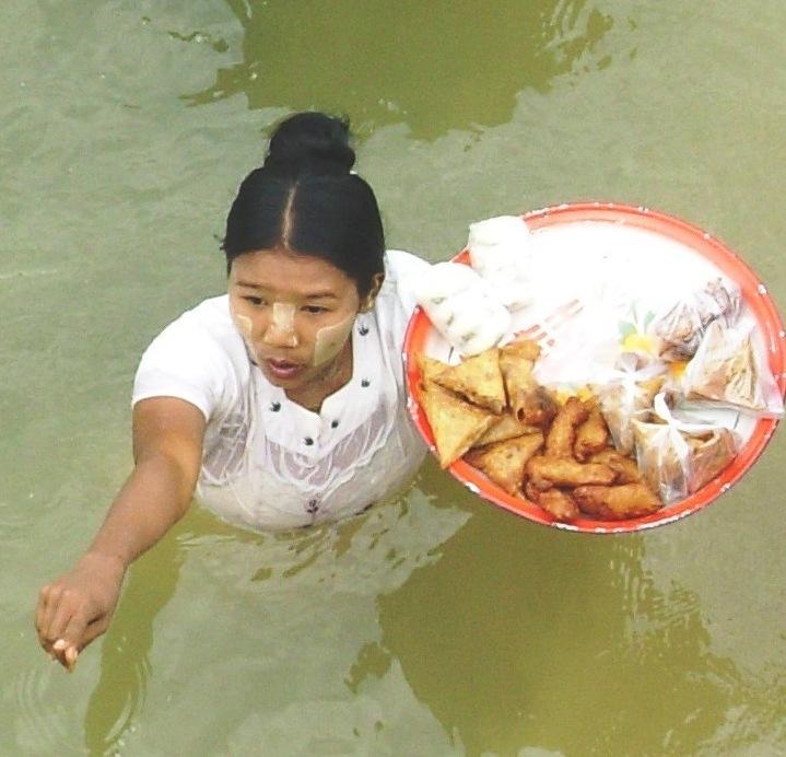 Sur l'eau-Vers Bagan (1)