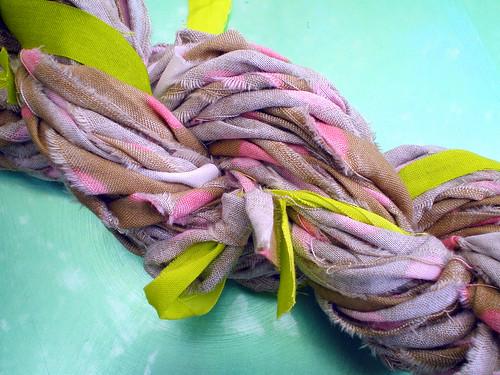 Pink Polka Dot Latte Ragamuffin Handspun Yarn (2)