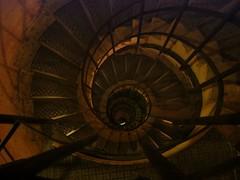 0710_Paris-133 (weisserstier) Tags: paris france stairs frankreich arcdetriomphe triumphbogen wendeltreppe