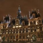 Paris - Hôtel de ville   Explore