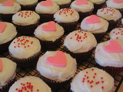 Valentine's Day Cupcakes-fd0000
