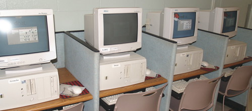 PC011483