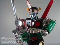 "Voltron - The Defender of the Universe (Joriel ""Joz"" Jimenez) Tags: toys voltron 80scartoons toynami jorieljimenez lionforce top20actionfigures  masterpiecevoltron lionforcevoltron"