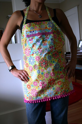 hot new apron: technicolor meet retro