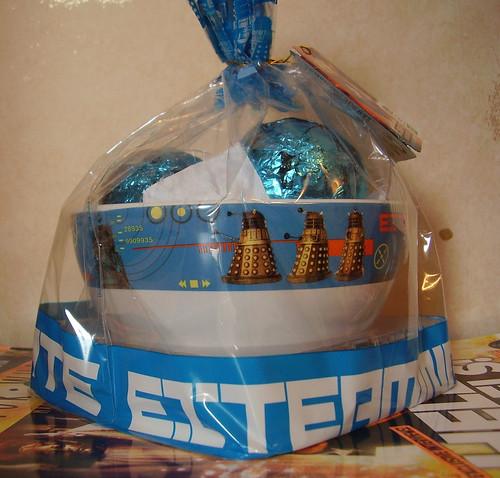 DR WHO EASTER EGG - Ceramic Dalek Bowl