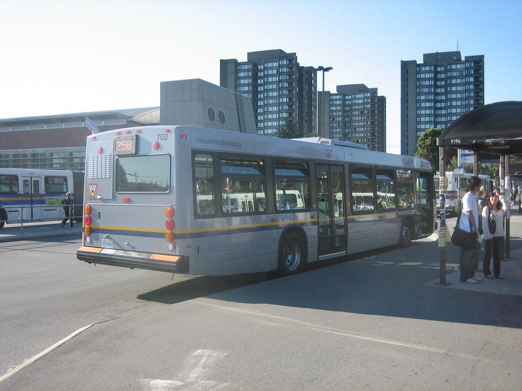 702: 258 West Vancouver (rear)