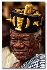 Tradition... (Laurent.Rappa) Tags: voyage africa travel portrait people men face retrato tradition laurentr ritratti ritratto homme côtedivoire peuple afrique ivorycoast adinkra firstquality adinkrasymbols ivorycost infinestyle adinkrasymbol baoulé laurentrappa