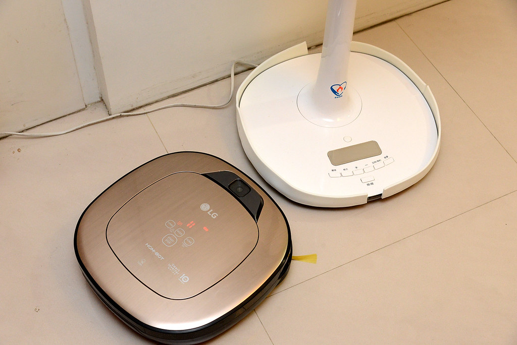 LG 掃地機器人 小金4.0