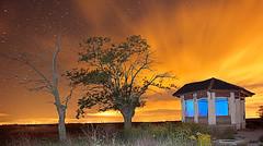 Contaminación lumínica (dnieper) Tags: españa spain nocturna león villamarco contaminaciónlumínica mansilladelasmulas saariysqualitypictures estacióndevillamarco