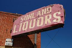 20090607 Sunland Liquors
