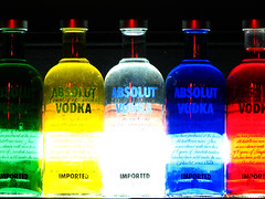 Absolut rainbow (AniSuperNova83) Tags: light music luz glass lamp colors rock bar bottle rainbow colores liquor musica vodka absolut lampara serie vidrio botella polaris trago licor flickrsbest supernova83