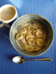 Banana sesame porridge with mint tea (Shanti, shanti) Tags: breakfast tea banana porridge