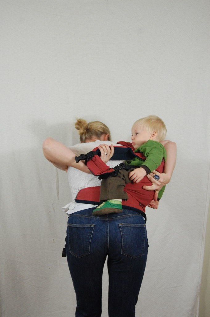 Patapum Toddler Carrier - Taking your child out - 05
