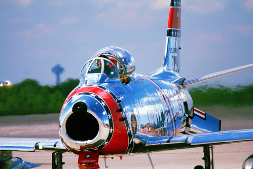 Warbird picture - F-86 Sabre