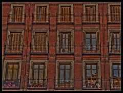 Other times/Otros tiempos (hiskinho) Tags: madrid wood city windows espaa sun house plant planta sol cortina window table ventana casa reflex spain madera phone time edificio centro ciudad panasonic ventanas telfono silla reflejo times years cristal balcon tejado hdr mesa antiguo chaise terraza semanasanta despacho ventilador chimenea tiempo aos tiempos alquiler maceta jardinera biombo antiguedad centres panasonicfz18 hiskinho hccity