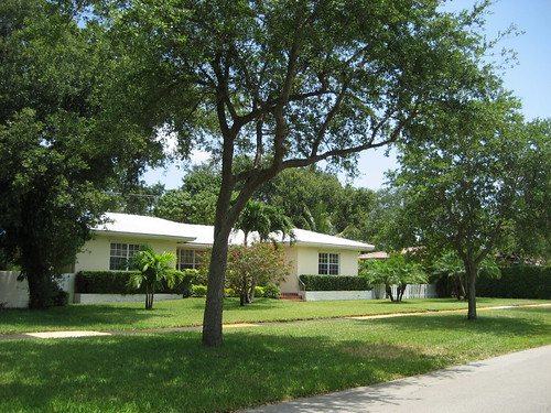 373 NE 91 St, Miami Shores