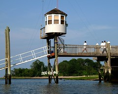 Lofty Gazebo, City Island, New York City (jag9889) Tags: park city nyc ny newyork beach island bay high long bronx gazebo kayaking sound eastchester 2008 pelham cityisland y2008 jag9889