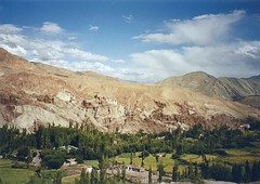Basgo, Ladakh, India (east med wanderer) Tags: india mountains village ilp fields zzzz himalayas ladakh jammuandkashmir basgo theindiatree worldtrekker bazgoo