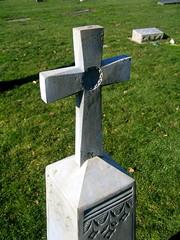 saint mary cemetery - enterprise, wa (DeadManTalking) Tags: cemetery graveyard washington catholic cross enterprise saintmary clarkcounty whitebronze deadmantalking