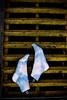 Recordando a Magritte (Gloria Zelaya) Tags: feet méxico mexicocity magritte pies baleia gloriazelaya