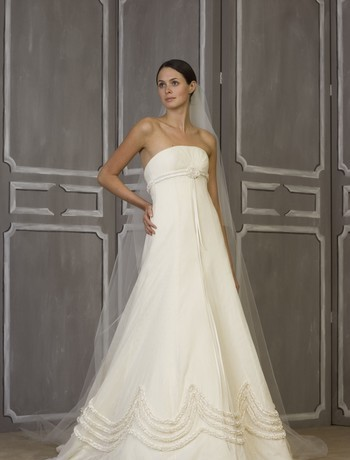 Carolina Herrera, NY designer wedding gown