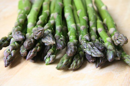 Asparagus: straight from the market