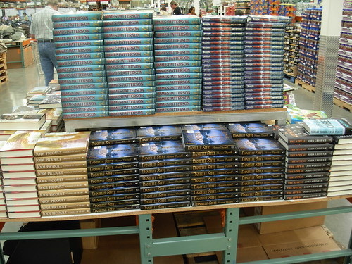 Nhà văn nào có nhiều truyện được dịch nhất thế giới?