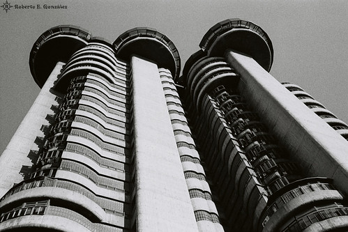 Torres Blancas 1