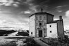 Rocca Calascio - Oratorio Santa Maria della Pietà (gab 79) Tags: abruzzo gransasso parco parcogransasso roccacalascio gnd4 nd10 canonef24mmf14liiusm
