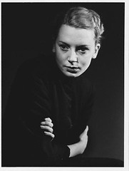 Deborah Kerr (1940) (Susanlenox) Tags: people beauty portraits performingarts actress prominentpersons whites females adults studioportraits actriz halflengthportraits halflengthstudioportraits deborahkerr peterviertel