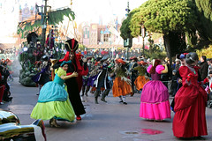 Disney's Once Upon a Dream Parade - Dreams of Trick or Treat