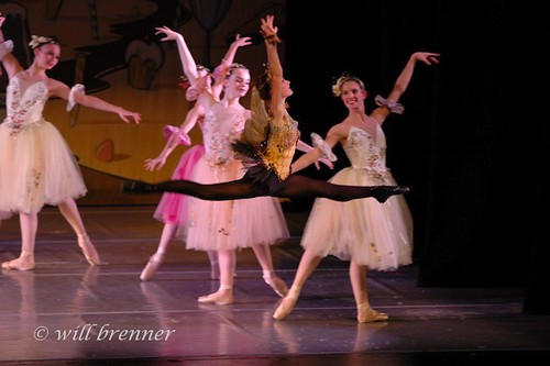 Ballet Dancers - Ballet Jumps  -  Nutcracker Suite - Bumble  Bee  (Dew Drop) - Dance Portraits Columbus, Ohio