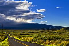 Christmas Eve Sunrise On Mauna Kea (Bill Adams) Tags: clouds sunrise volcano hawaii explore getty bigisland happyholidays soe canonef2470mmf28lusm maunakea hamakua maunaloa saddleroad blueribbonwinner pohakuloa christmas2007 mywinners theperfectphotographer