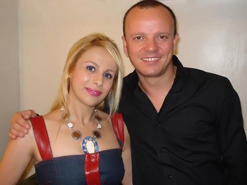L'eccentrica imprenditrice Sabrina Parisi in compagnia dell'amico, cantante Gigi D'alessio