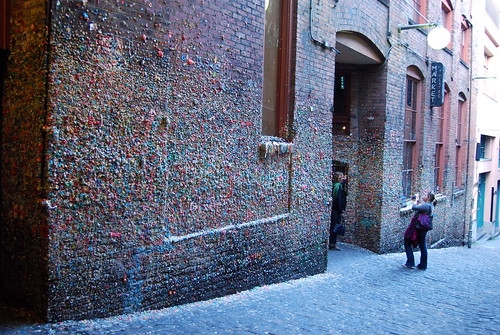 Seattle Gum Wall - Other Tourists