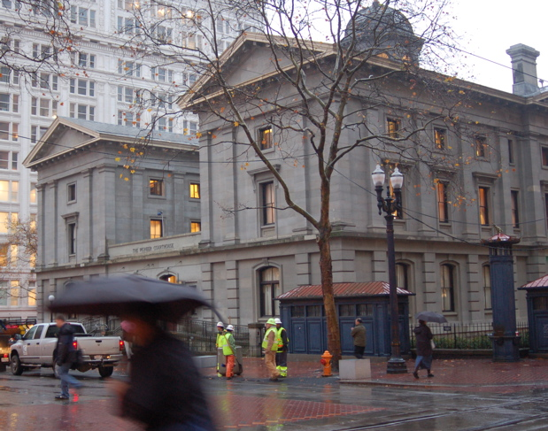 111707_pioneer_courthouse2