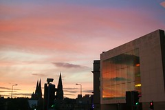 edinburgh sunset (iphimedeia) Tags: sunset window scotland edinburgh lpwindows