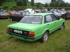 Cortina 2.0S (Cortinachris) Tags: ireland green ford cortina classiccar taunus symondsyat mk4 cortinaday