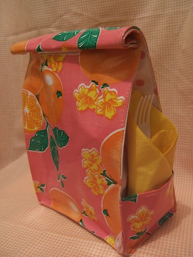 simple oilcloth lunch sack- pink oranges 001