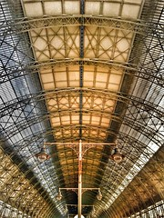 Train Railway Kiyevskaya station roof (NO PHOTOGRAPHER) Tags: roof interesting architecture city town transport train station building construction moscow railwaystation railway