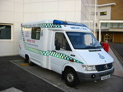 Mercedes Sprinter 312 D Mwb/UVG Premia (barronr) Tags: 1 scotland edinburgh scottish ambulance service medic basics mercedessprinter uvg royalinfirmaryofedinburgh uvgpremia