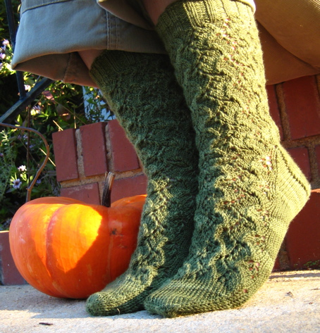 pumpkinvinesocks2