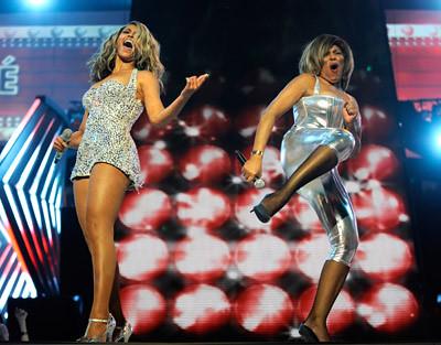 Beyonce y Tina Turner en Grammy 2008