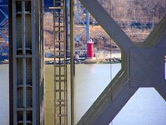 George Washington Bridge (Hudson River) (jag9889) Tags: bridge lighthouse ny newyork puente newjersey crossing suspension nj bridges ponte pont hudsonriver brcke 2008 gw gwb waterway georgewashingtonbridge washingtonheights wahi bergencounty othmarammann panynj portauthorityofnewyorkandnewjersey k007 y2008 jag9889
