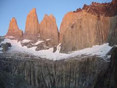 Torres del Paine - trek - Torres - aurore