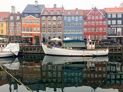 Nyhavn (Acaciasc) Tags: copenhagen nyhavn city travel tourism adventure reflections colour architecture water boats winter